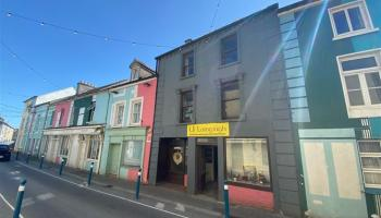 GALLERY: 3-storey, 3-bed Kilkenny townhouse with potential up for grabs at €110k