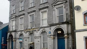 'A sad day' - 88 Bank of Ireland branches close their doors today for the last time