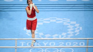 Kellie Harrington of Ireland celebrates victory in her women's lightweight quarter-final bout against Imane Khelif of Algeria. Photo by Stephen McCarthy/Sportsfile