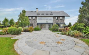 PROPERTY WATCH: Wow! Incredibly unique five-bedroom house on the market with pretty price tag