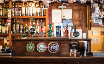 Publicans press for 'meaningful support' package for closed pubs currently at 'breaking point'