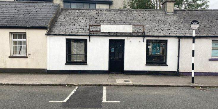 Townhouse in the heart of Portlaoise going for €65k - click for more!