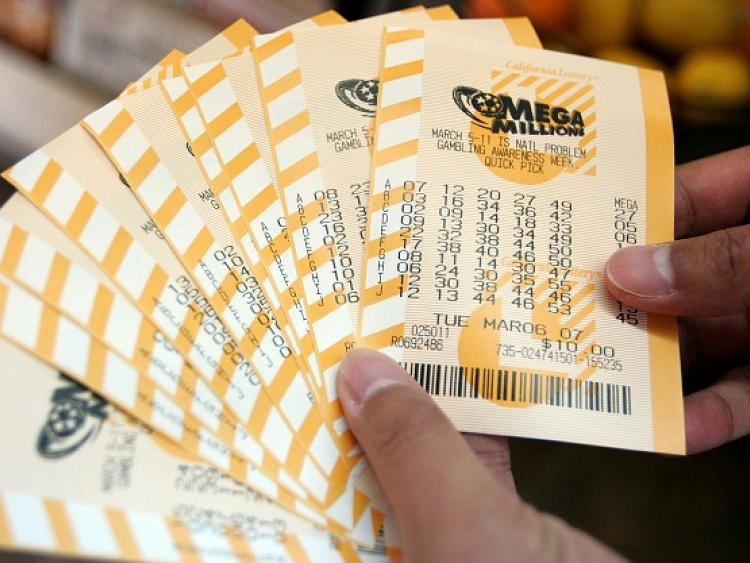 Within hours, Illinois Lottery regains faith in its state